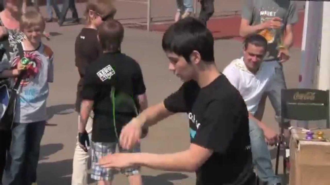 Йо-йо соревнования ASYYC 2010 на фестивале МФЛД 2010