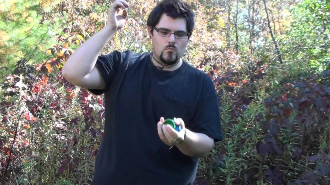Трюки с йо-йо в стиле Moebius No-Hands